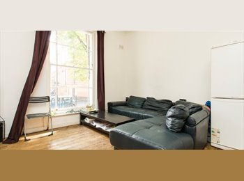 EasyRoommate UK - 2 Georgous Double Rooms w Lounge in Islington!, Barnsbury - £900 pcm