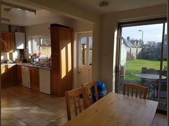 EasyRoommate UK - 3 rooms in headington, Lye Valley - £500 pcm