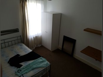 EasyRoommate UK - Single room, West Ham - £500 pcm