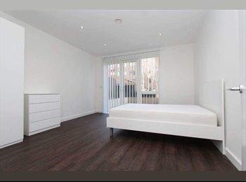 EasyRoommate UK - Spacious Double Room In Putney, Wandsworth - £780 pcm