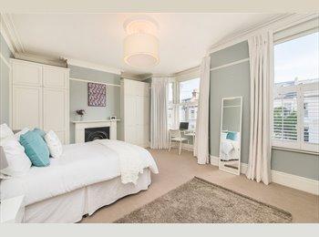 EasyRoommate UK - Master room in a fantastic house, SW4, Clapham - £1,230 pcm