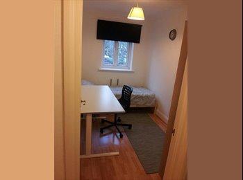 EasyRoommate UK - SINGLE STUDENT ROOM, Dollis Hill - £450 pcm