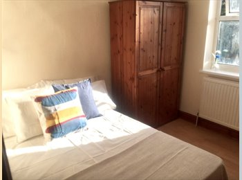 EasyRoommate UK - ✨50% DISCOUNT ON THE 1st MONTH'S RENT!✨, Stratford - £640 pcm