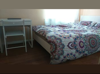 EasyRoommate UK - Double room in a 2-bed flatshare, Barking , Goodmayes - £650 pcm