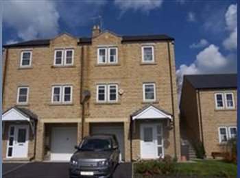 EasyRoommate UK - fab home in great location, Barnoldswick - £340 pcm