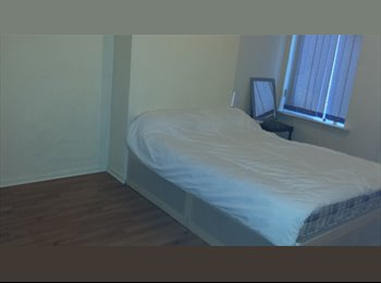 EasyRoommate UK - Spacious furnished room to let, Handsworth - £300 pcm