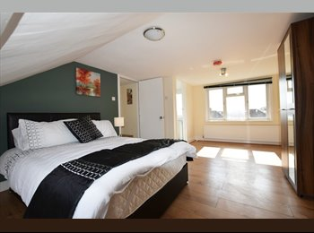 EasyRoommate UK - Newly Furnished & Beautiful rooms in Hounslow West, Cranford - £695 pcm
