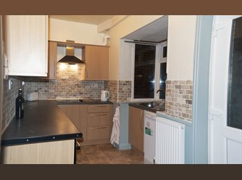 EasyRoommate UK - Double room in 2 bedroom Crookes property, Crookes - £270 pcm