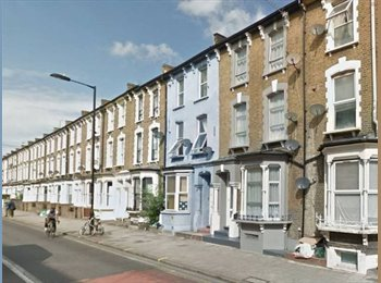 EasyRoommate UK - Big Double in Hackney Central!! Great Location!! , Hackney - £640 pcm