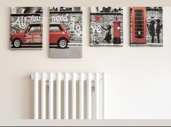 EasyRoommate UK - Fantastic House Share Greenwich - London, SE9, New Eltham - £800 pcm