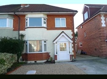 EasyRoommate UK - House Share in quiet area, Kinson - £400 pcm
