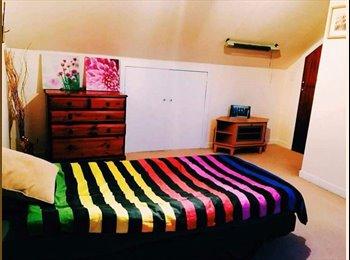 EasyRoommate UK - Double room to rent, Silverknowes - £380 pcm