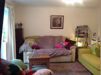 EasyRoommate UK - BEAUTIFUL 2 BED FLAT TO SHARE IN HEART OF CAMDEN £1000 PCM ALL INCLUSIVE, Chalk Farm - £855 pcm