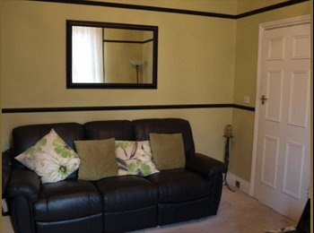 EasyRoommate UK - Great Double bedroom available from June, Shipley - £360 pcm