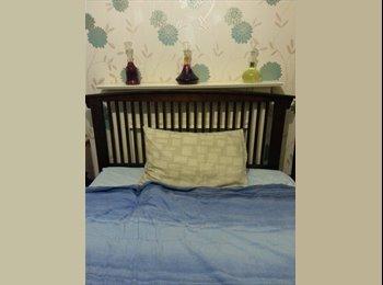 EasyRoommate UK - DOUBLE ROOM shared 3-Bed, Stoke Village - £375 pcm