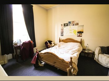 EasyRoommate UK - Short-term (June and July) let, Edinburgh - £440 pcm