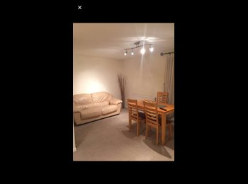 EasyRoommate UK - One big double bedroom in RG1 £600 includes all bills, Reading - £600 pcm