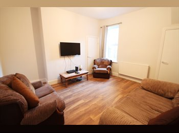 EasyRoommate UK - Stunning Double Room - ProShare Plus by Heaton Property, Heaton - £385 pcm