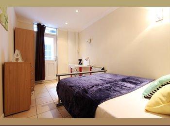 EasyRoommate UK - &* 2Rooms Same property ~Central London~ Warren St, Fitzrovia - £906 pcm