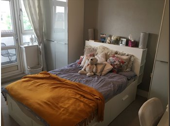 EasyRoommate UK - Two spacious double bedrooms for rent Fulham, Chelsea - £820 pcm