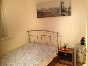 EasyRoommate UK - A Double Stunning Well Furnished Room to Rent, Basingstoke - £500 pcm
