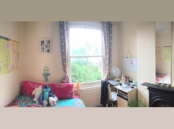 EasyRoommate UK - Double room available in flatshare!, Hammersmith - £652 pcm