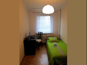 EasyRoommate UK - Single room to rent near station , Yiewsley - £400 pcm