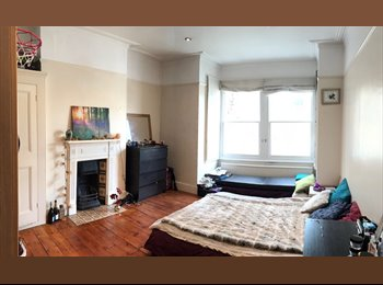 EasyRoommate UK - Large, light double room in sociable, shared Victorian house, Woodlands - £523 pcm
