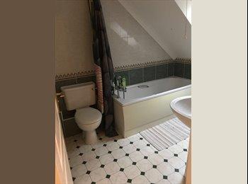 EasyRoommate UK - double room for rent, Rushden - £390 pcm