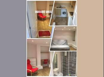 EasyRoommate UK - Studio Flat - Fully Self Contained, Hyde Park - £450 pcm