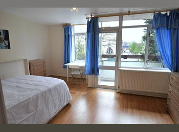 EasyRoommate UK - >>AMAZING LARGE DOUBLE ROOM IN LIMEHOUSE - NO ADMIN FEE IF MOVE IN STRAIGHT AWAY!! (ANTOINE), Ratcliff - £802 pcm