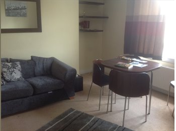 EasyRoommate UK - From September 2 double bedrooms in 2 bedroomed flat in quiet area convenient for KB, ERI and city c, Craigmillar - £400 pcm