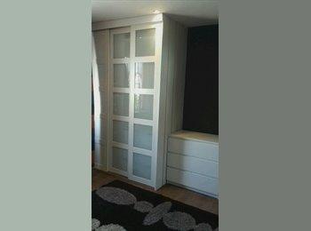EasyRoommate UK - Double bedroom for rent for 1 female, Brimsdown - £480 pcm