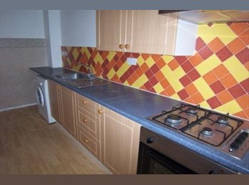 EasyRoommate UK - Loft room available now in Woodford**All Bills Inc, Woodford Green - £433 pcm