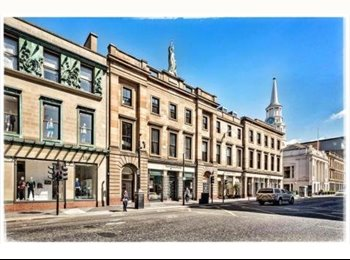 EasyRoommate UK - Double Room In Merchant City Penthouse, Glasgow - £600 pcm