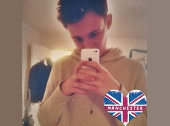 EasyRoommate UK - Deklan - 20 - Nuneaton