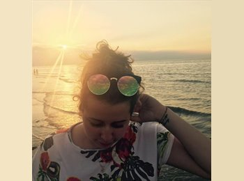 EasyRoommate UK - Adrianna - 22 - Southampton