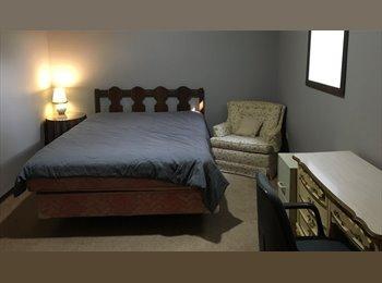 EasyRoommate US - 13x10 Bedroom 7x3 closet Includes Utilities, Eagan - $500 pm