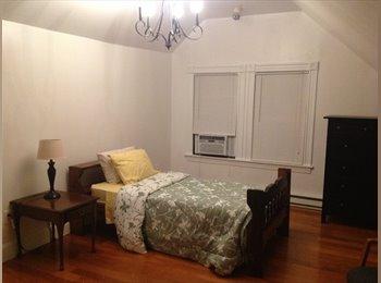 EasyRoommate US - Master bedroom and single bedroom , Roslindale - $1,000 pm
