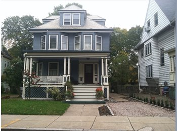 EasyRoommate US - Convenient location, nice home, Fields Corner West - $850 pm