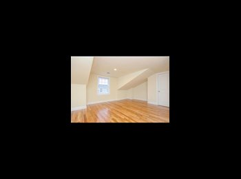 EasyRoommate US - Master bedroom and walk in closet plus bathroom for rent , Stamford - $1,550 pm