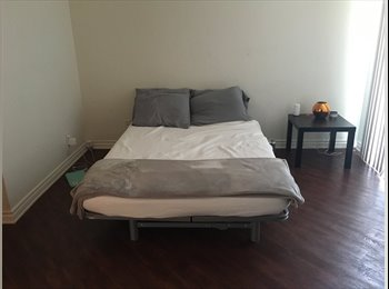 EasyRoommate US - New roommie, Hollywood Heights - $1,325 pm