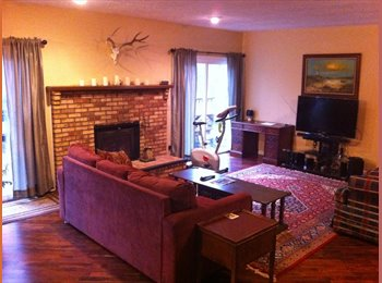 EasyRoommate US - 3 bdrm, 2.5 bath ranch in Rochester Hills, near Rochester and Auburn Intersection, Troy - $500 pm