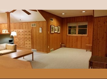 EasyRoommate US - Upper Floor of House in Dearborn, Warrendale - $700 pm