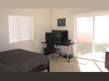 EasyRoommate US - Sunny, spacious rooms available in 3 bedroom condo, Redondo Beach - $1,100 pm