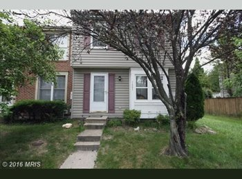 EasyRoommate US - Great room available in spacious townhouse, Odenton - $900 pm