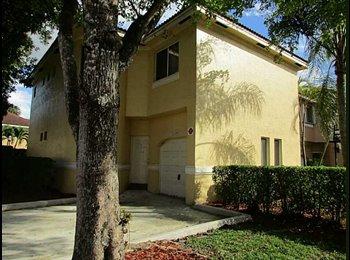 EasyRoommate US - Beautiful Located Single Room for Rent in Coral Springs/Tamarac, Coral Springs - $750 pm
