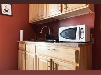 EasyRoommate US - GIRLS ONLY SHARED APARTMENT! CLEAN!!, Hudson Heights - $600 pm