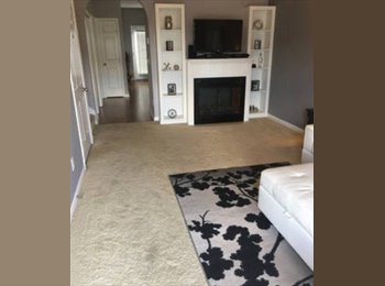 EasyRoommate US - Room for Rent: Townhome close to DT Nashville , Lockeland Springs - $800 pm