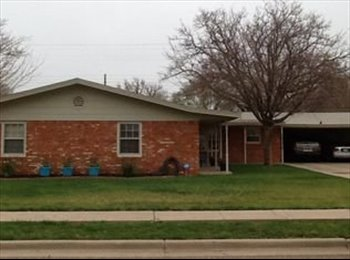 EasyRoommate US - Laid Back Living, practically your own place!, Lubbock - $600 pm